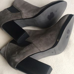 Marc Fisher Shoes - Marc Fisher suede ankle booties sz 8.5